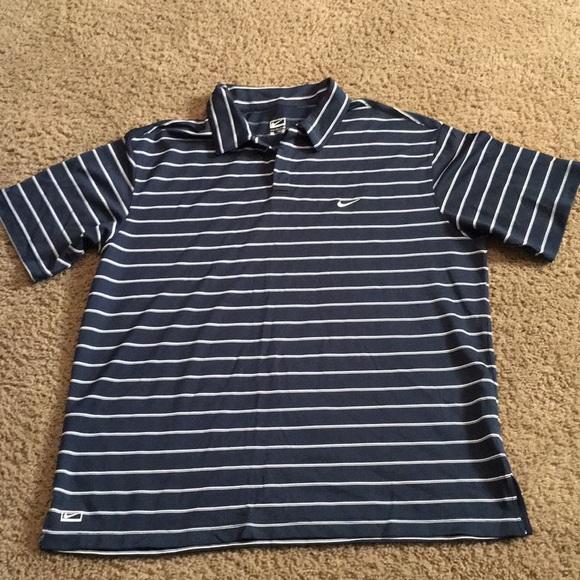 Nike Men's navy short sleeve performance shirt XL